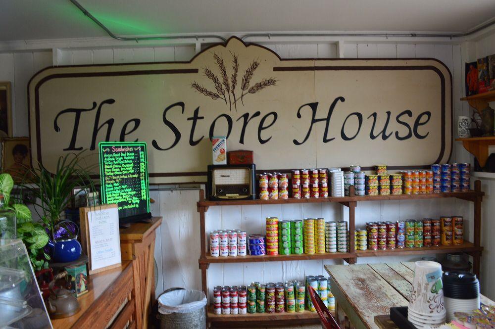 The Store House: 145 Ala Malama St, Kaunakakai, HI