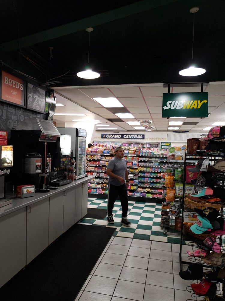 Grand Central Travel Center: Biggs Junction: 91558 Biggs Rufus Hwy, Wasco, OR