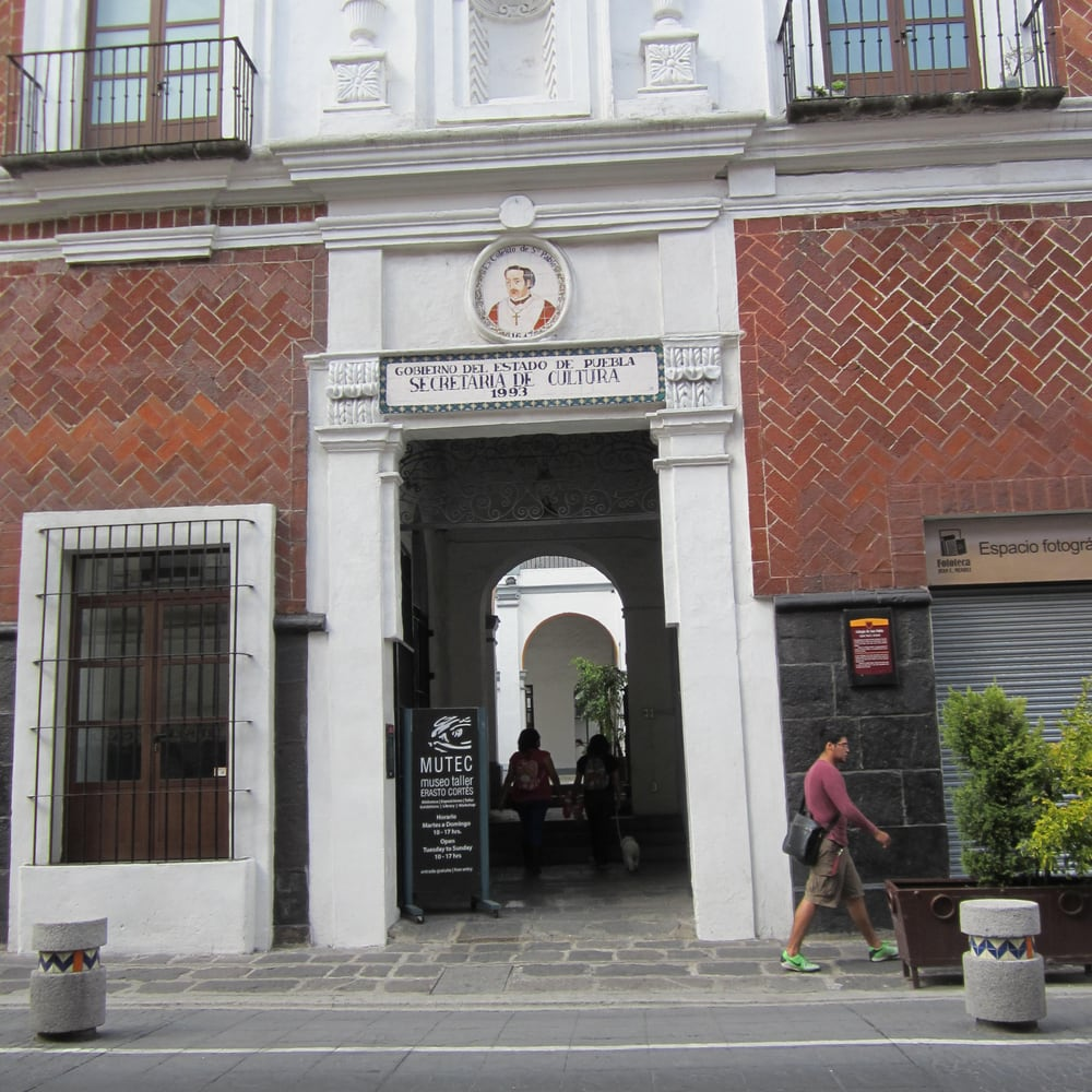 vista de la fachada del Museo Taller Erasto Cortés