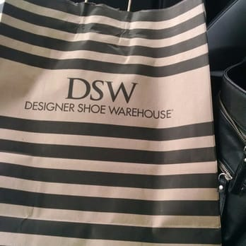 Dsw designer shoe warehouse 31 photos 36 reviews for Dsw return policy