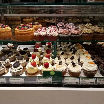 whole foods cupcakes
