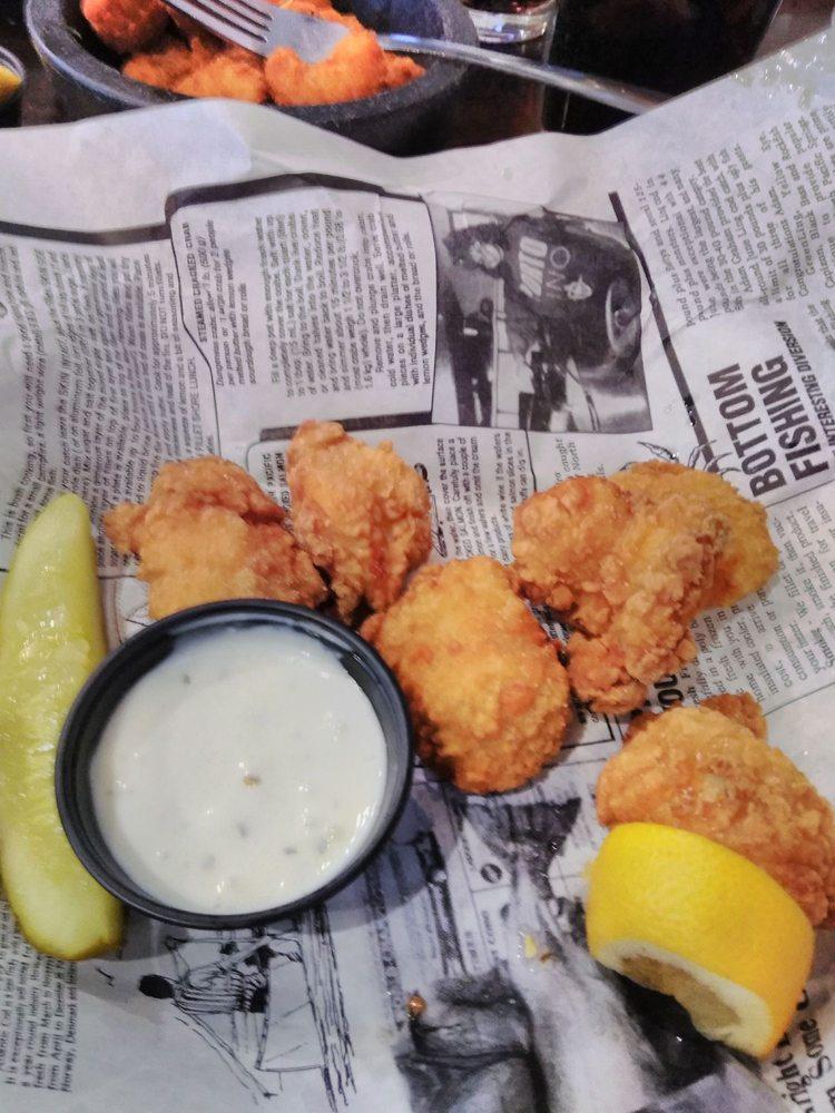 Longshots Bar & Grill: 810 Main St, Woodward, OK