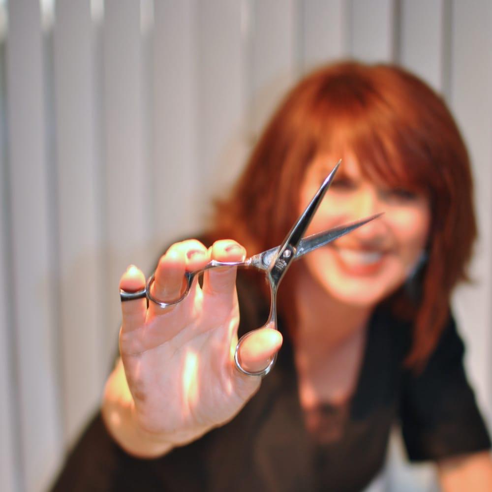 Stephanie's Image Designers: 923 N 2nd St, Clinton, IA
