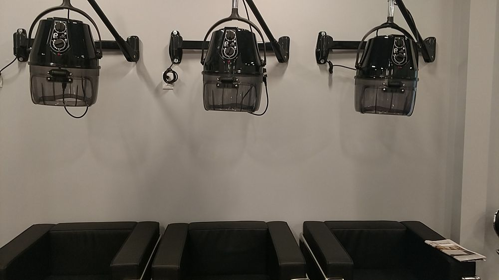 Insta-Glam Salon and Beauty Room: 6971 Junction Rd, Bridgeport charter Township, MI
