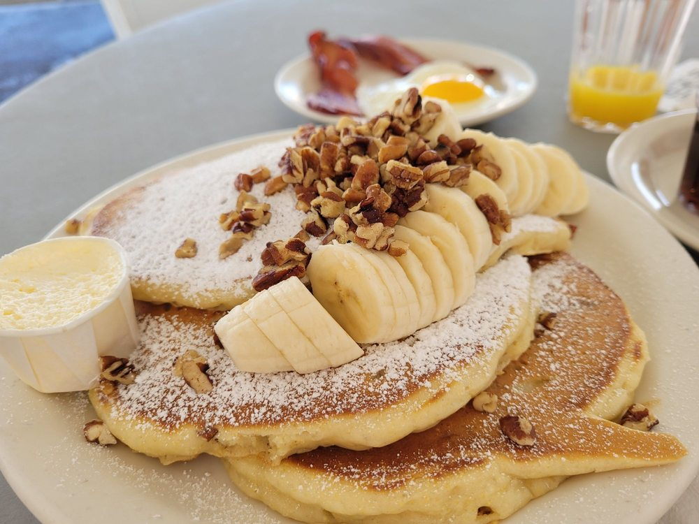 Family House of Pancakes: 1900 E Plaza Blvd, National City, CA