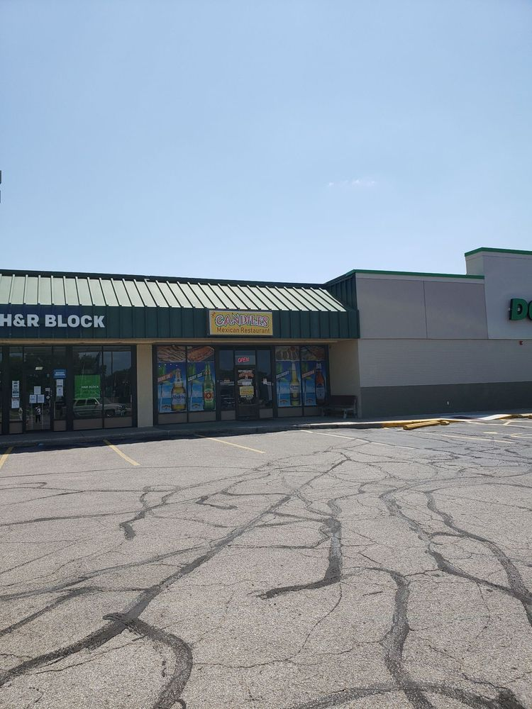 Candiles Mexican Restaurant: 301 7th Ave, Augusta, KS