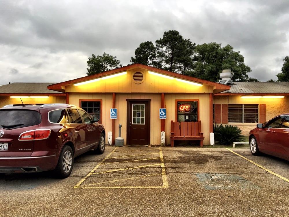 Tele's Mexican Restaurant: 12034 State Hwy 154 W, Winnsboro, TX