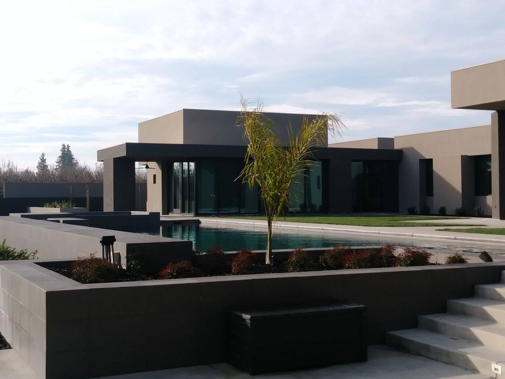 Eclipse Customized Pools