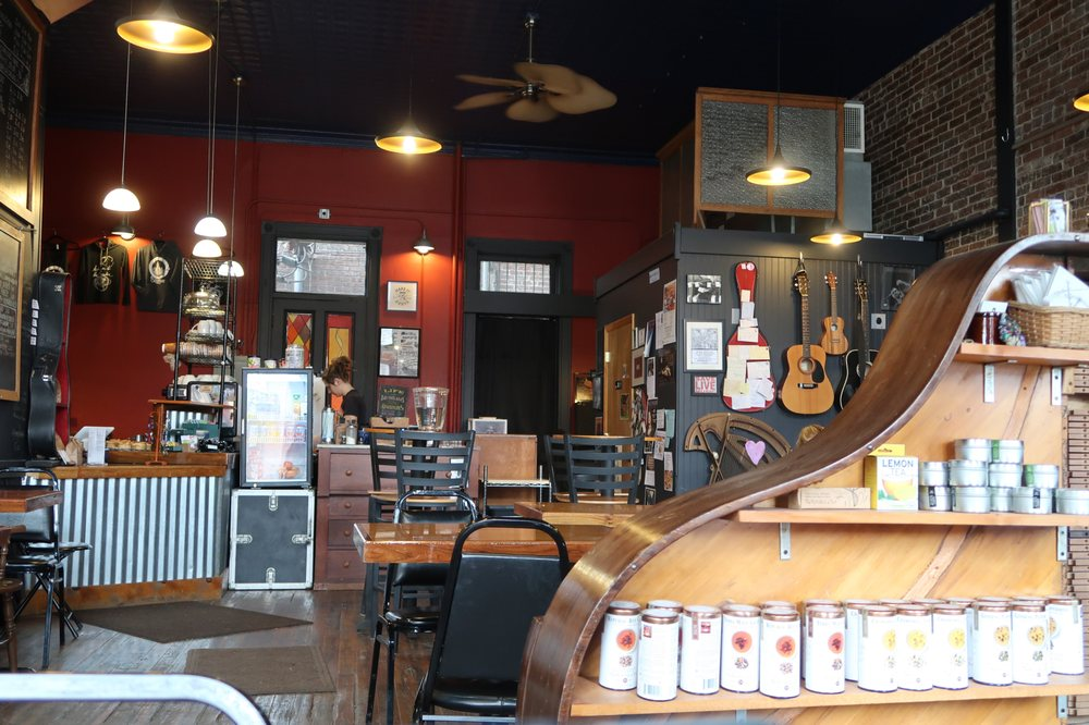 The Beanhive: 124 E Simmons St, Galesburg, IL