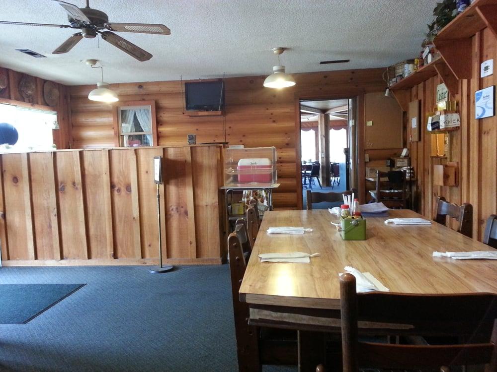 Granny's Kuntry Kitchen: 677 Hwy 441 S, Clayton, GA