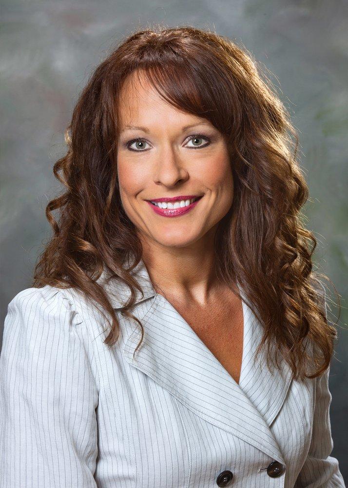 Nancy Usher, Realtor: 11 Trade St, Brunswick, GA
