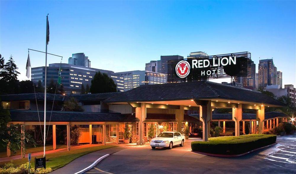 Red Lion Hotel Kelso Longview: 510 Kelso Dr, Kelso, WA