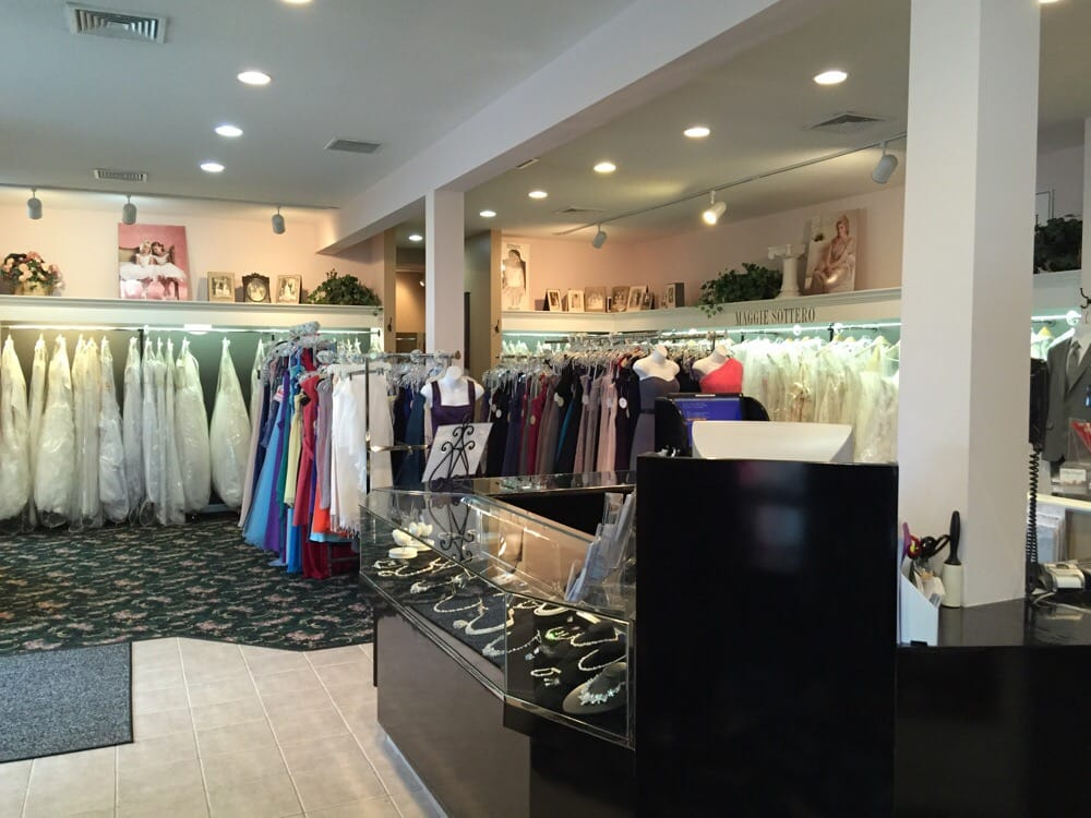 Petoskey Bridal Salon: 1391 Lears Rd, Petoskey, MI