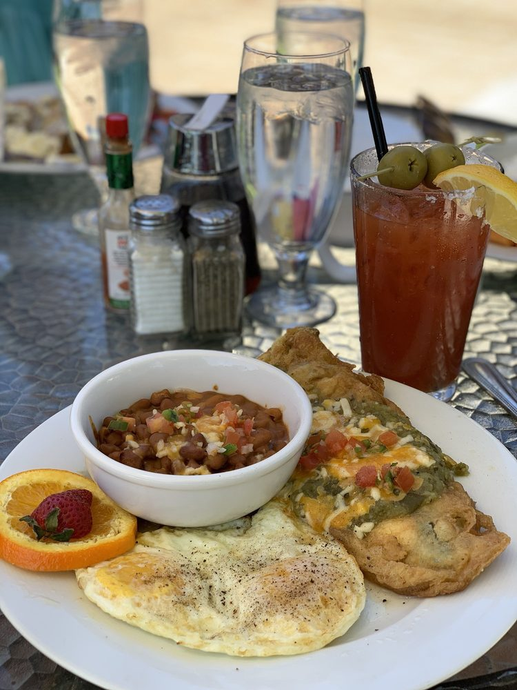 Stables Ranch Grille: 1 Ave De Otero, Tubac, AZ