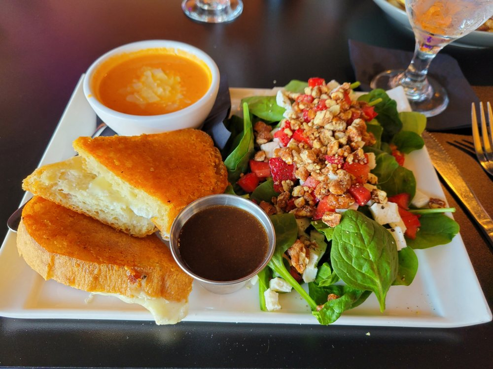 Food from Bistro 71