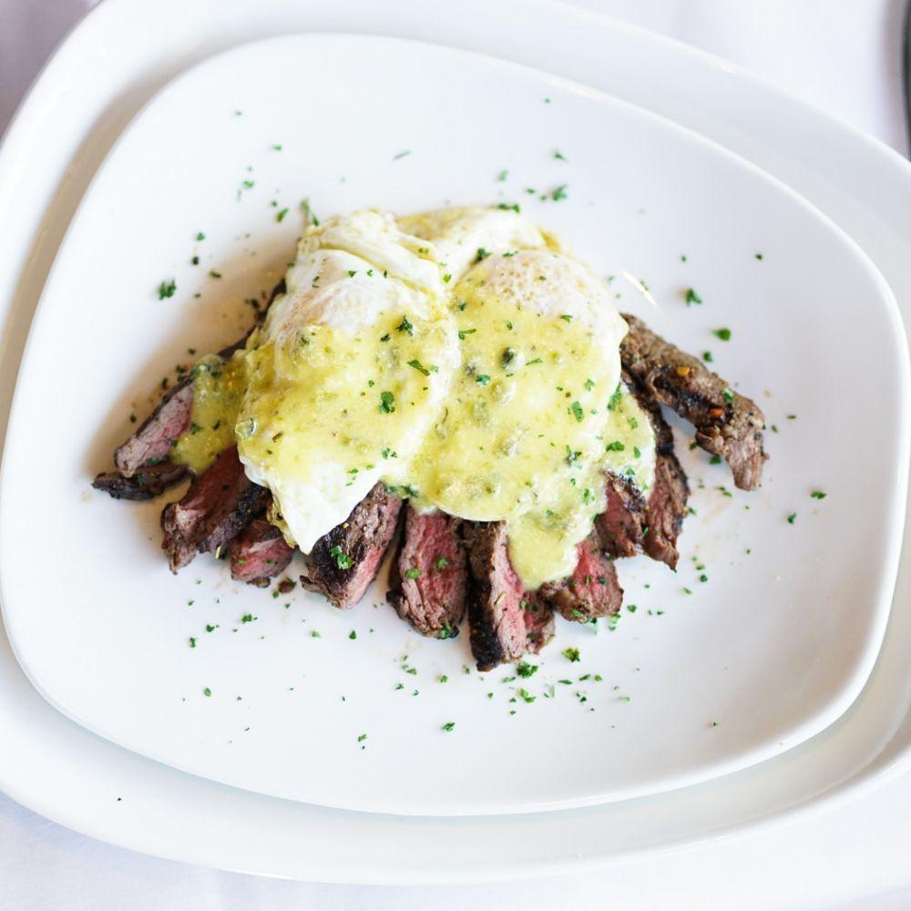 Bay Street Steak + Grille: 1420 SW H K Dodgen Lp, Temple, TX