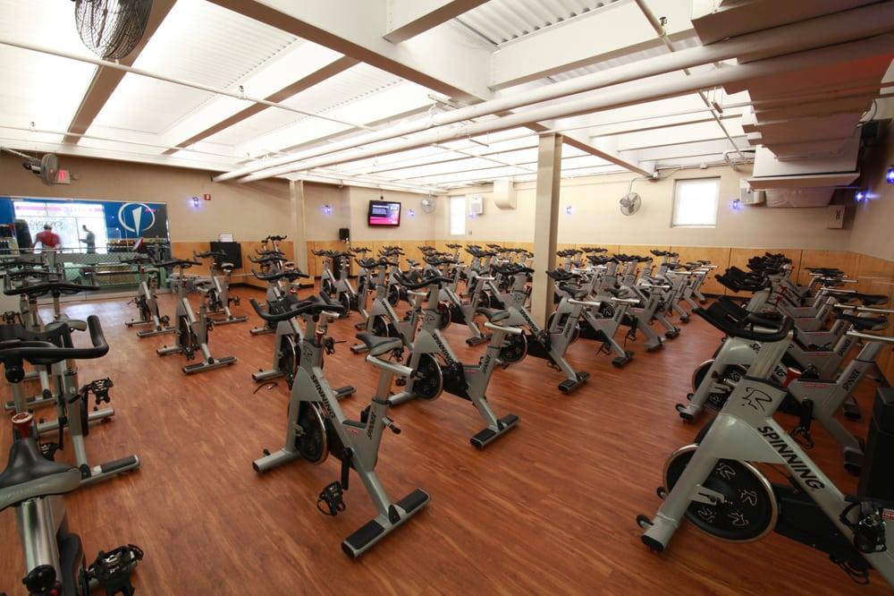 The Edge Fitness Clubs: 542 Westport Ave, Norwalk, CT