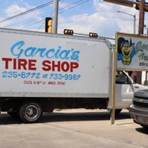 Garcias Tire Shop >> Garcia S Tire Shop 10 Reviews Tires 2626 N 18th St