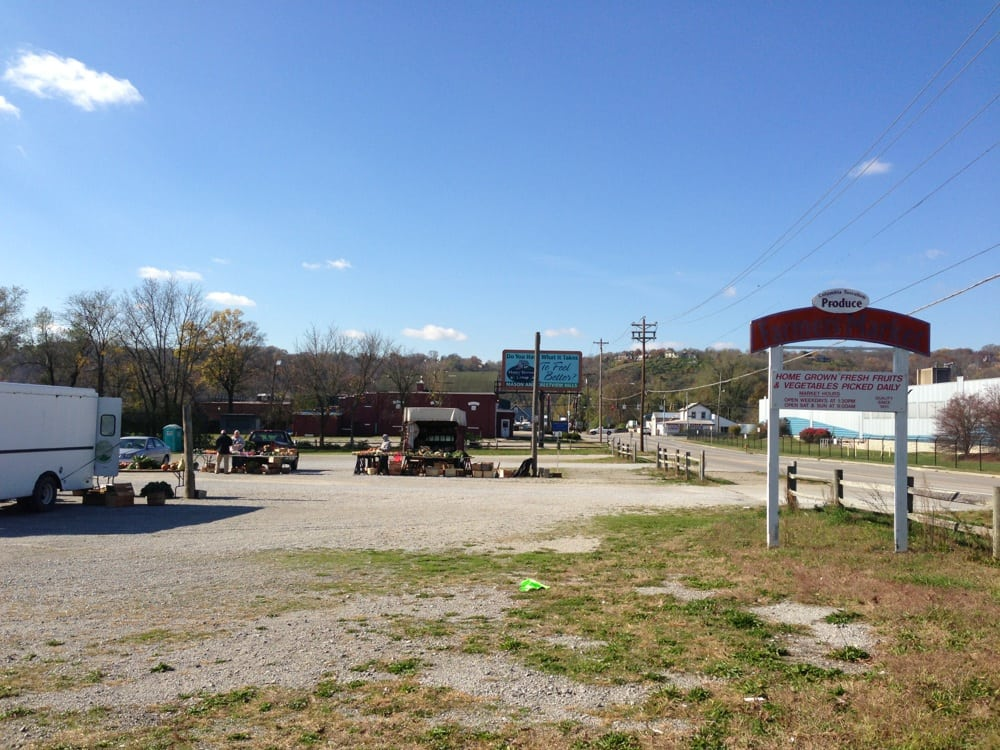 Columbia Tusculum Farmer's Market: 260 Wilmer Ave, Cincinnati, OH