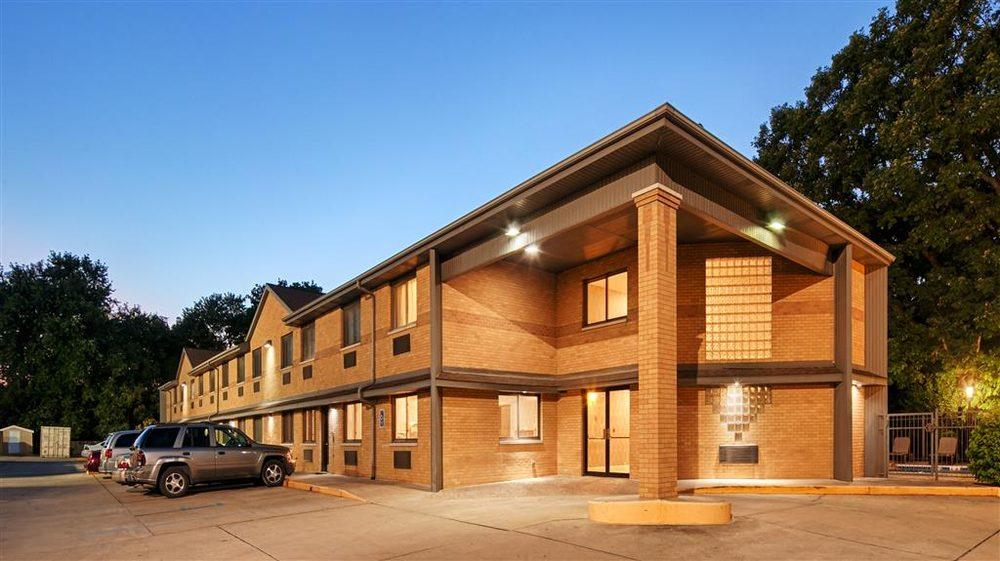 Best Western Riverside Inn: 57 S Gilbert St, Danville, IL