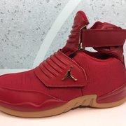 df53ec340ba Footlocker - 49 Photos   64 Reviews - Shoe Stores - 427 Los Cerritos ...