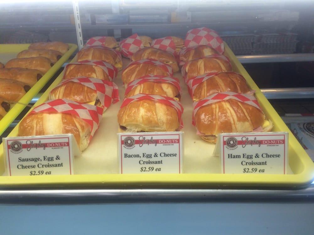 Shipley Donut: 612 S St Louis St, Batesville, AR