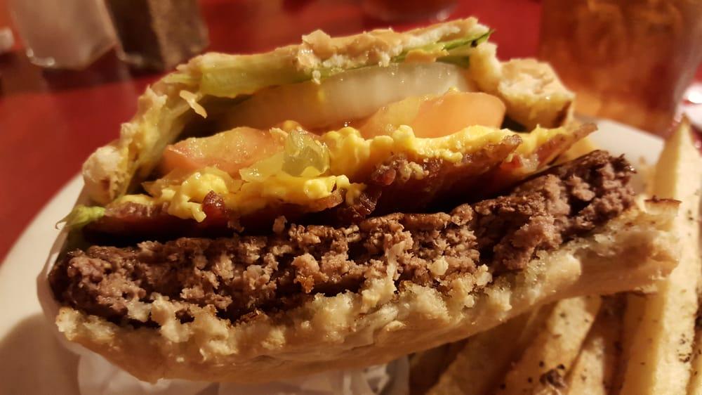 7B Ranch Restaurant: 300 E Pine St, Frankston, TX