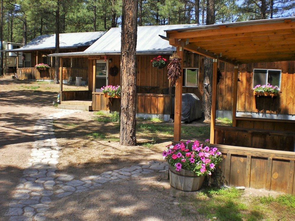 Geronimo Trail Guest Ranch: 1 Wall Lake Rd, Winston, NM