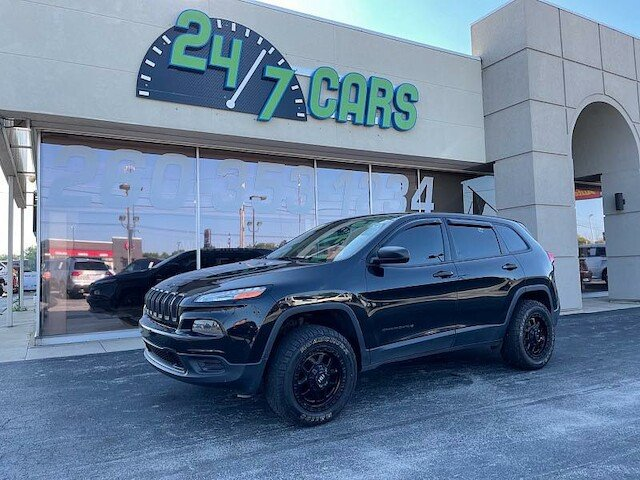 24/7 Cars: 633 N Main St, Bluffton, IN
