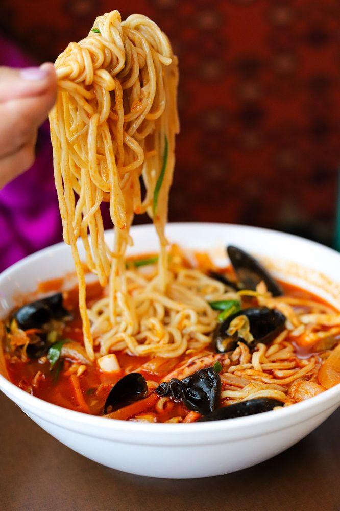 Food from Paik's Noodle / Hong Kong Banjum