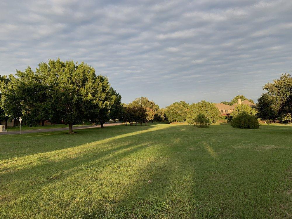 Candleridge Park: 4300 French Lake Dr, Fort Worth, TX