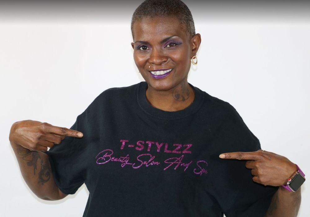 T-Stylzz Salon and Spa: 5937 Co Rd 9, Cuba, AL