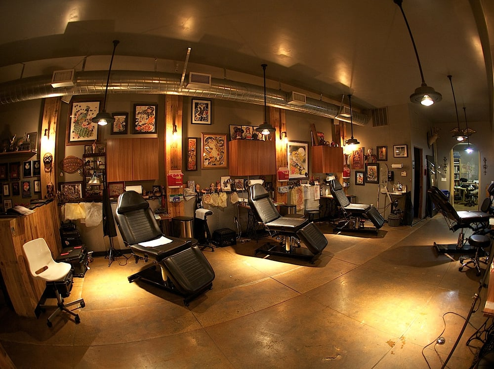 Full circle tattoo 344 photos 309 reviews tattoo 2312 30th st south park san diego ca - Studio interior design brescia ...