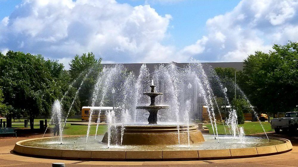 Wilson Park: N Seminary St, Florence, AL