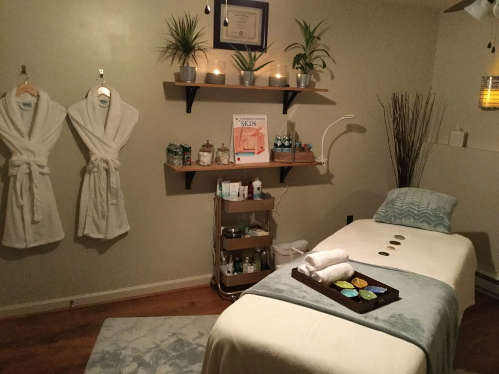 Healing Touch Health Spa: 16 S 7th St, Akron, PA