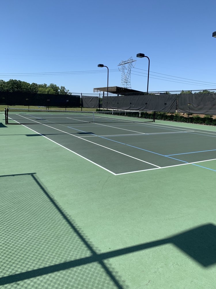 The Courts at Boulder Point: 99 Ashwood Dr, Chapel Hill, NC