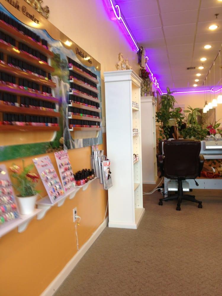 Rose nails nail salons 529 s oxford valley rd for Nail salon oxford