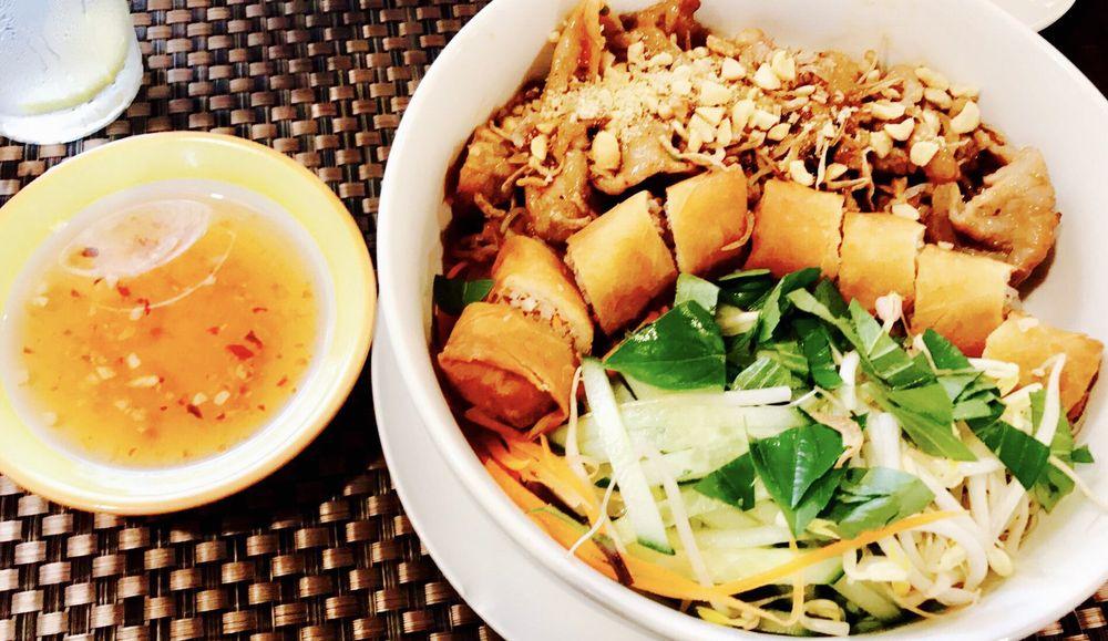 Singha Thai Viet Restaurant: 8787 N 56th Street Temple Ter, Tampa, FL