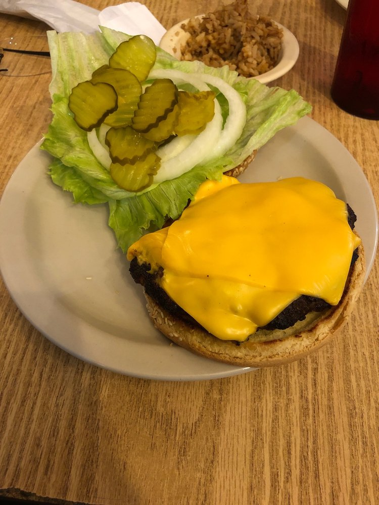 Smitty's Smokehouse & Grill: 12830 US Hwy 301, Dade City, FL