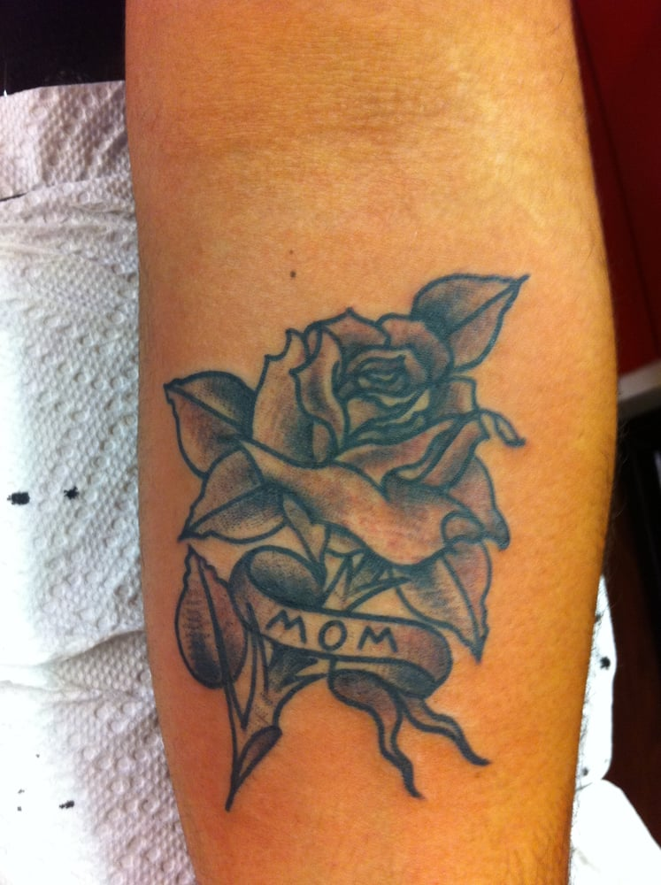Tattoo done by aaron carmody also on instagram rad el for Tattoo fredericksburg va