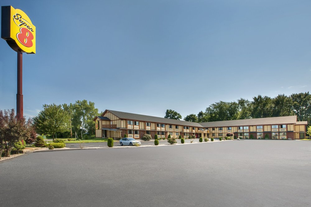 Super 8 By Wyndham West Haven 25 Photos 21 Reviews Hotels 7 Kimberly Ave Ct Phone Number Yelp