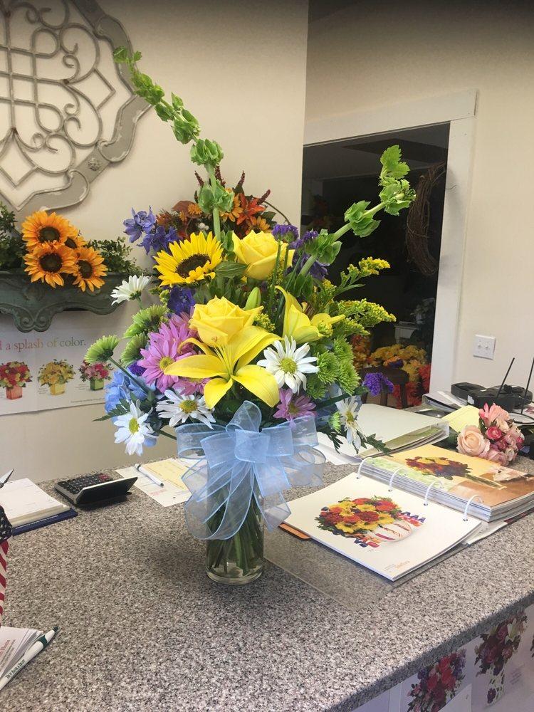 A Simply Southern Florist: 316 Simmons St, Elba, AL