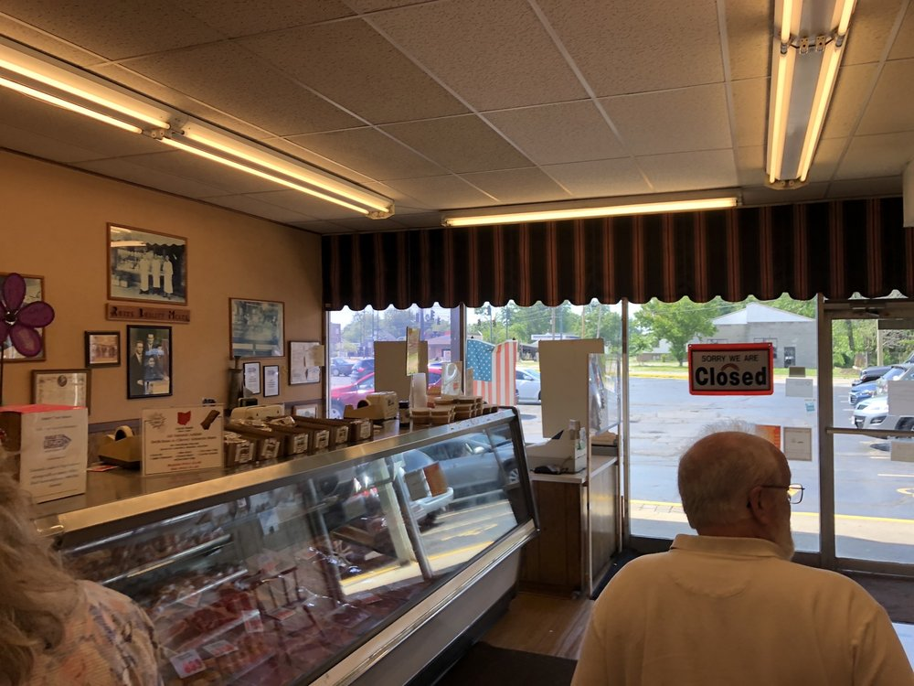 Rudy's Quality Meats: 31728 Vine St, Willowick, OH