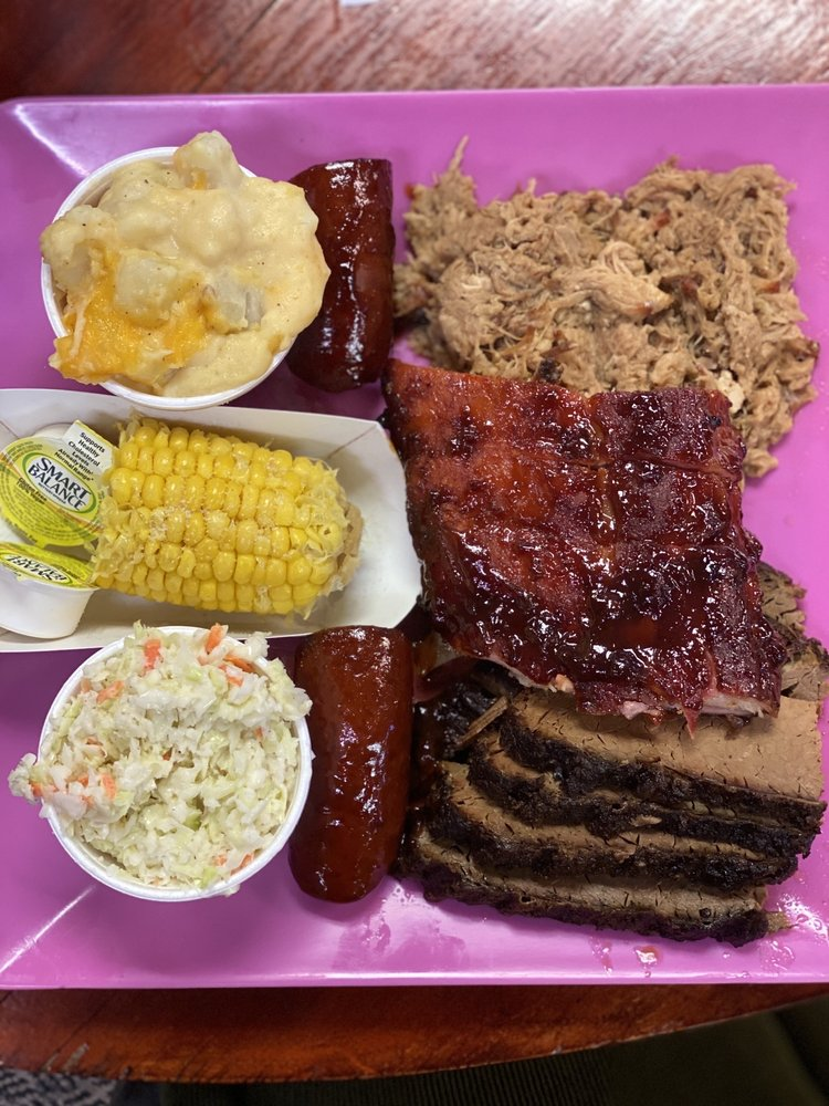 Food from Ralph's Pink Flamingo BBQ