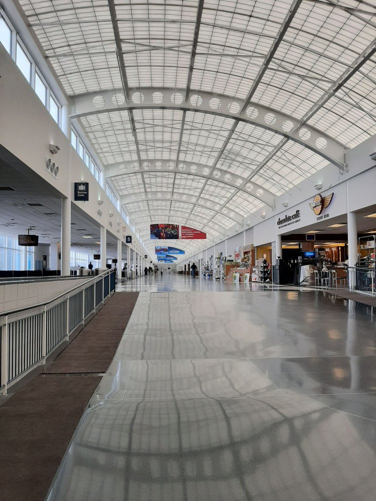 South Bend International Airport: 4477 Progress Dr, South Bend, IN