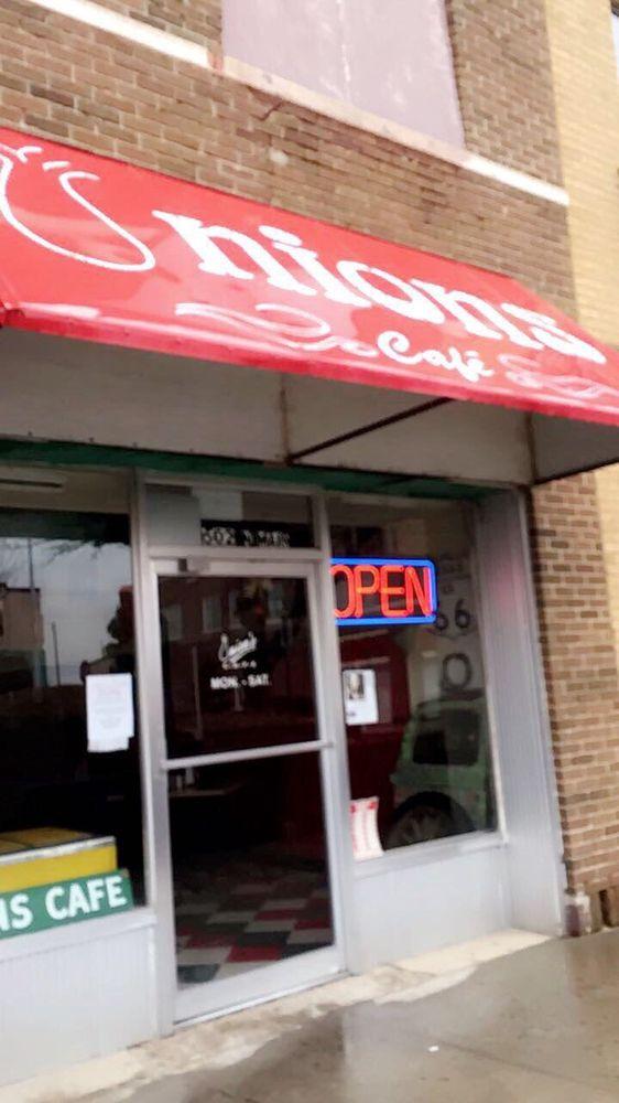Onion's: 502 N Main St, Borger, TX