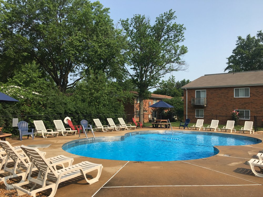 Concord Village Apartments: 10500 Hackberry Dr, Saint Louis, MO