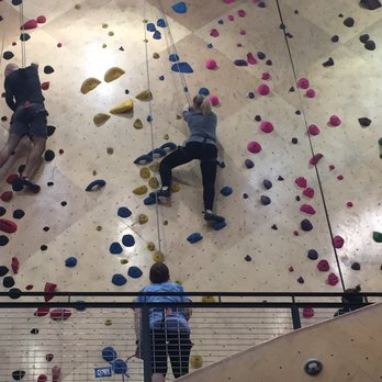 Brooklyn Boulders - 101 Photos & 138 Reviews - Rock Climbing - 100 S ...