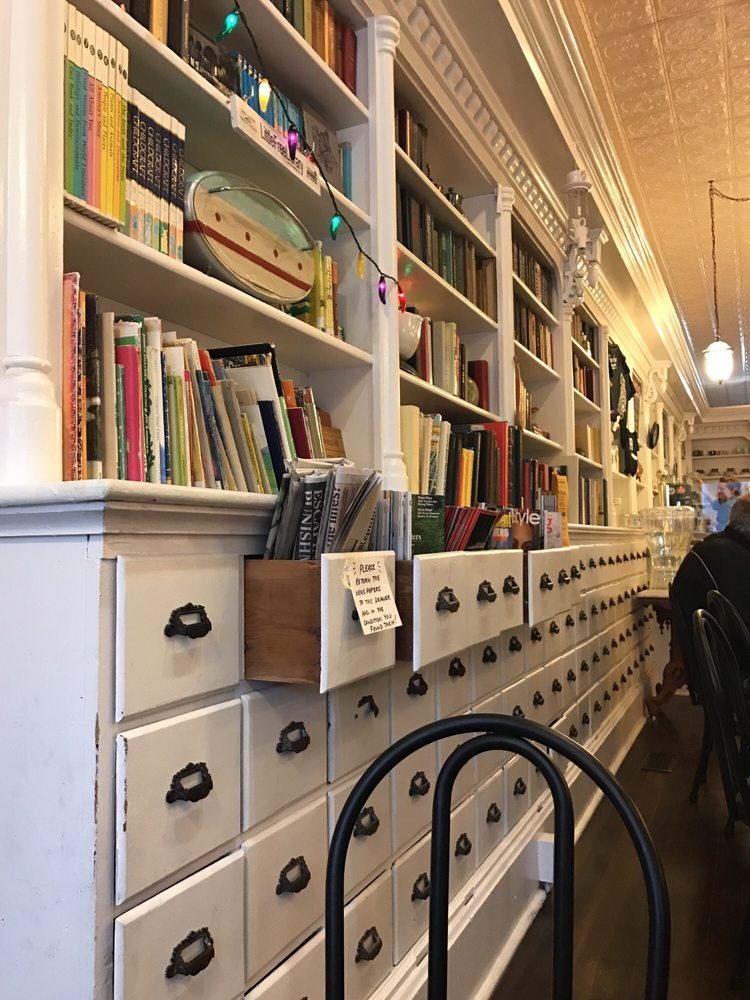 Flour House Bakery & Coffee: 950 N Main St, Princeton, IL