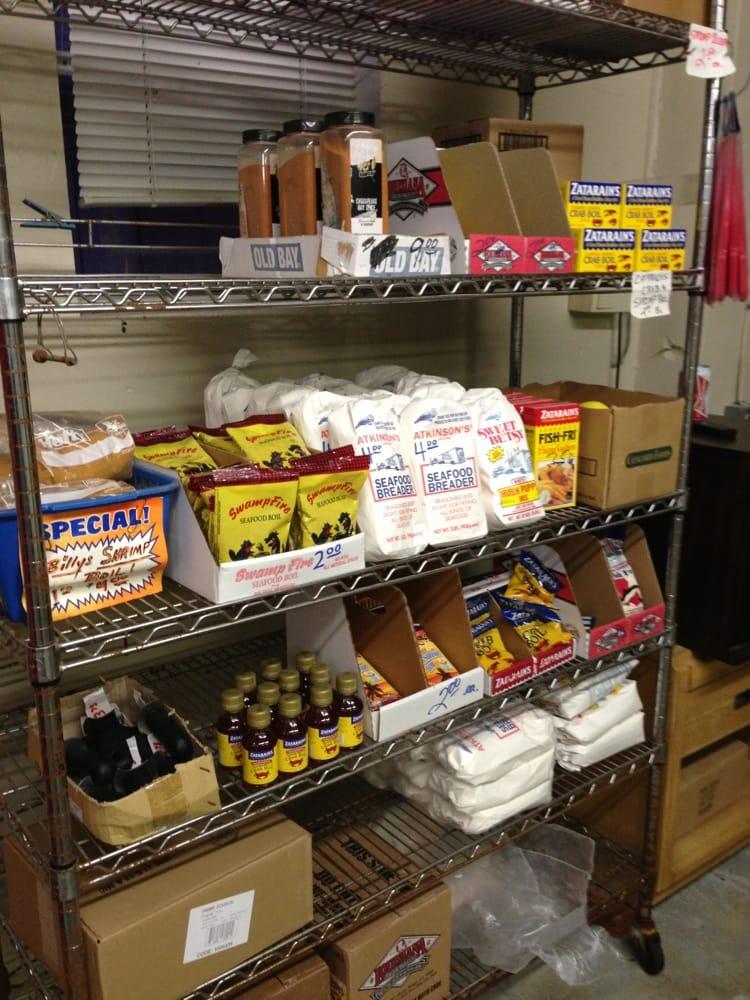 Prosser's Seafood: 110 Railroad St, Brooklet, GA